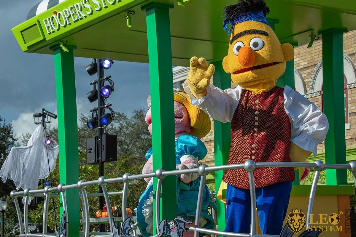 Bert in Sesame street party parade at Seaworld