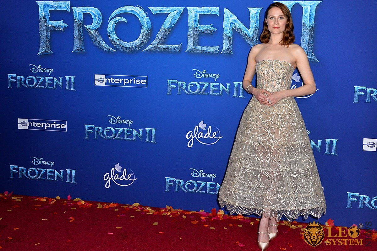 "Evan Rachel Wood at the world premiere for Disney's ""Frozen 2"", Los Angeles, USA"