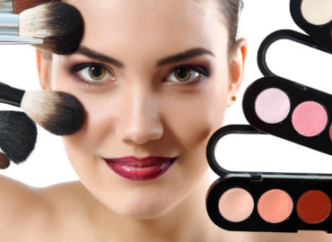 How to Do Basic Makeup? Step-by-Step Instruction.