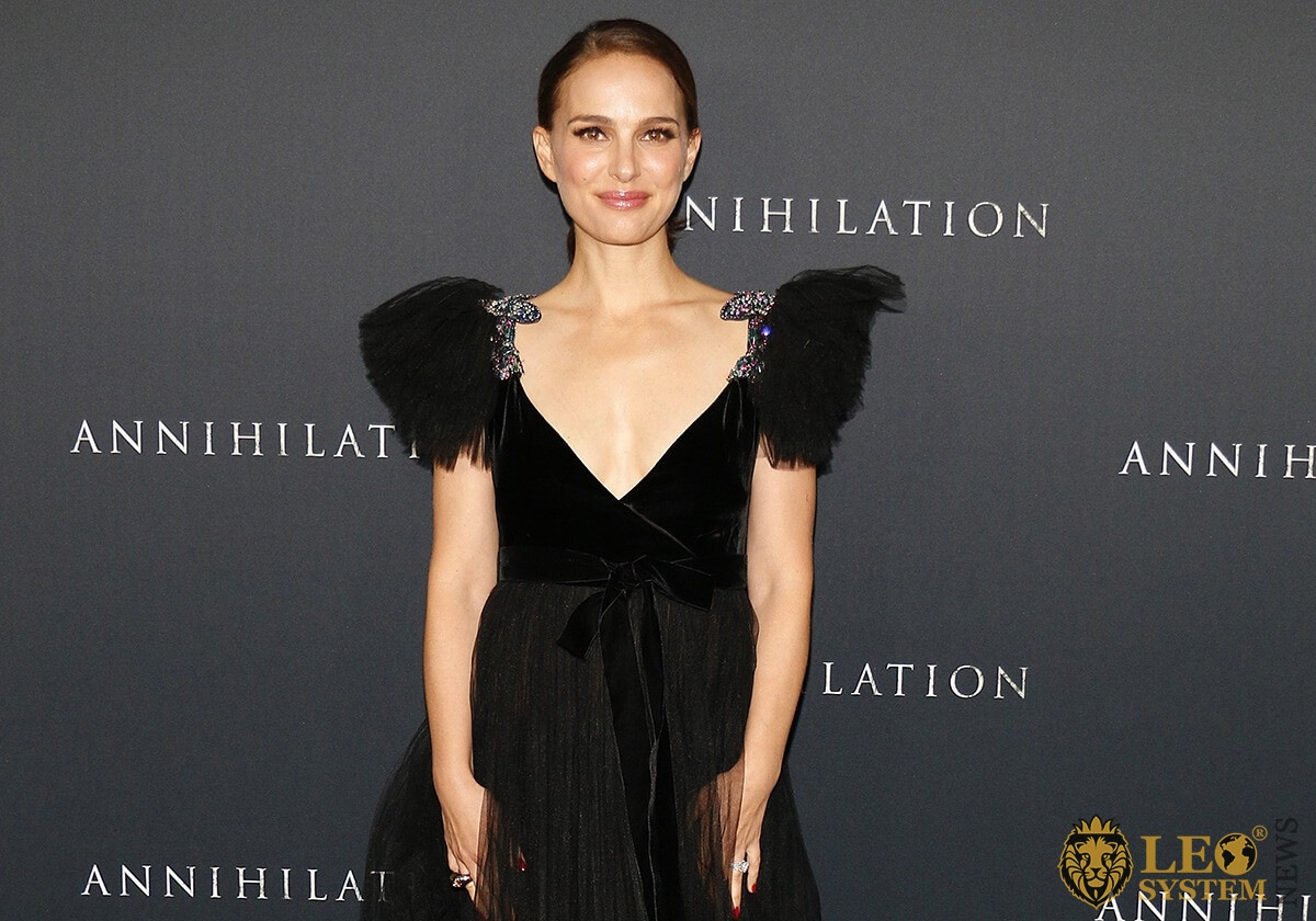 Picture Natalie Portman - popular actress