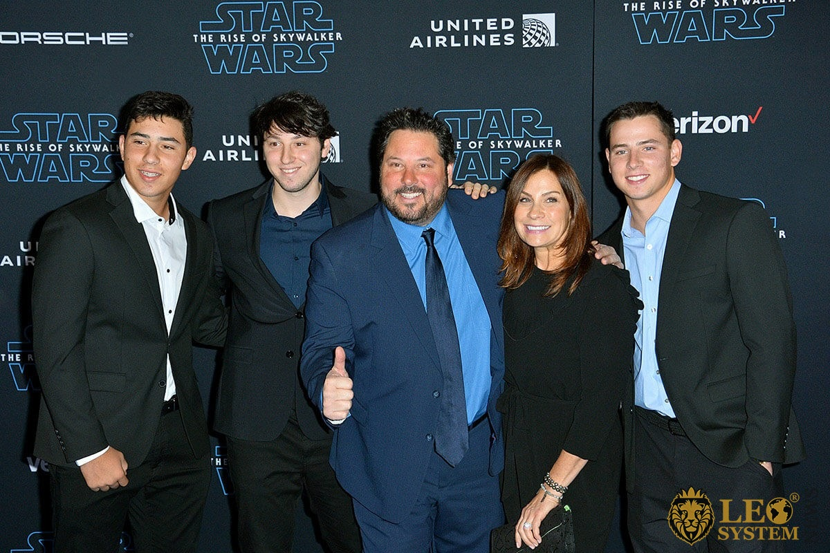 "Greg Grunberg and family at the world premiere of ""Star Wars: The Rise of Skywalker"" at the El Capitan Theatre, Los Angeles, USA"