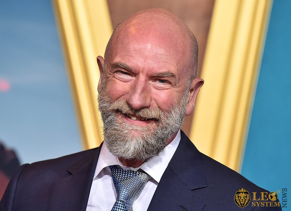 Graham McTavish at the premiere of Season 5 of the television series Outlander, Hollywood Palladium, Los Angeles