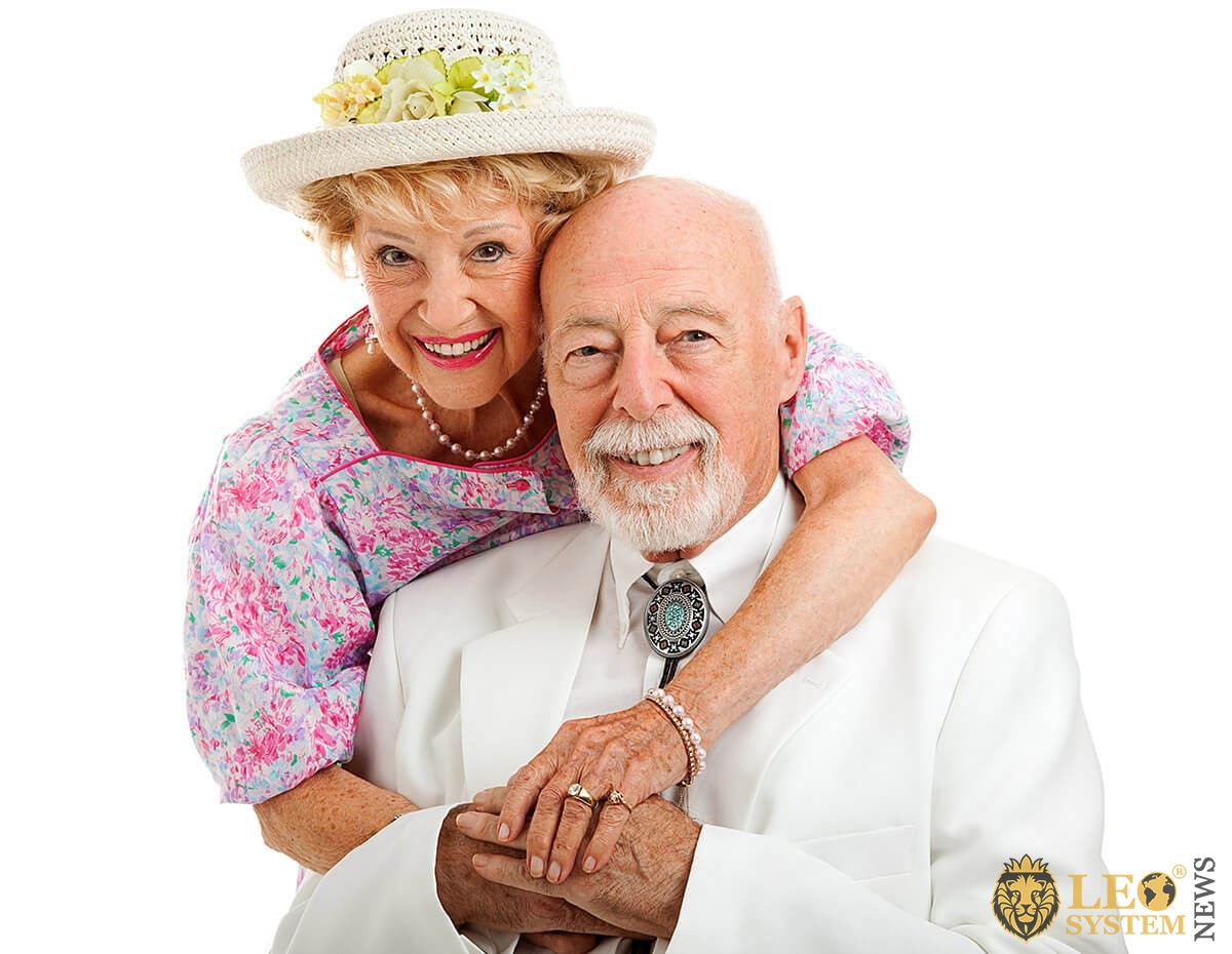 Image of a wealthy elderly couple