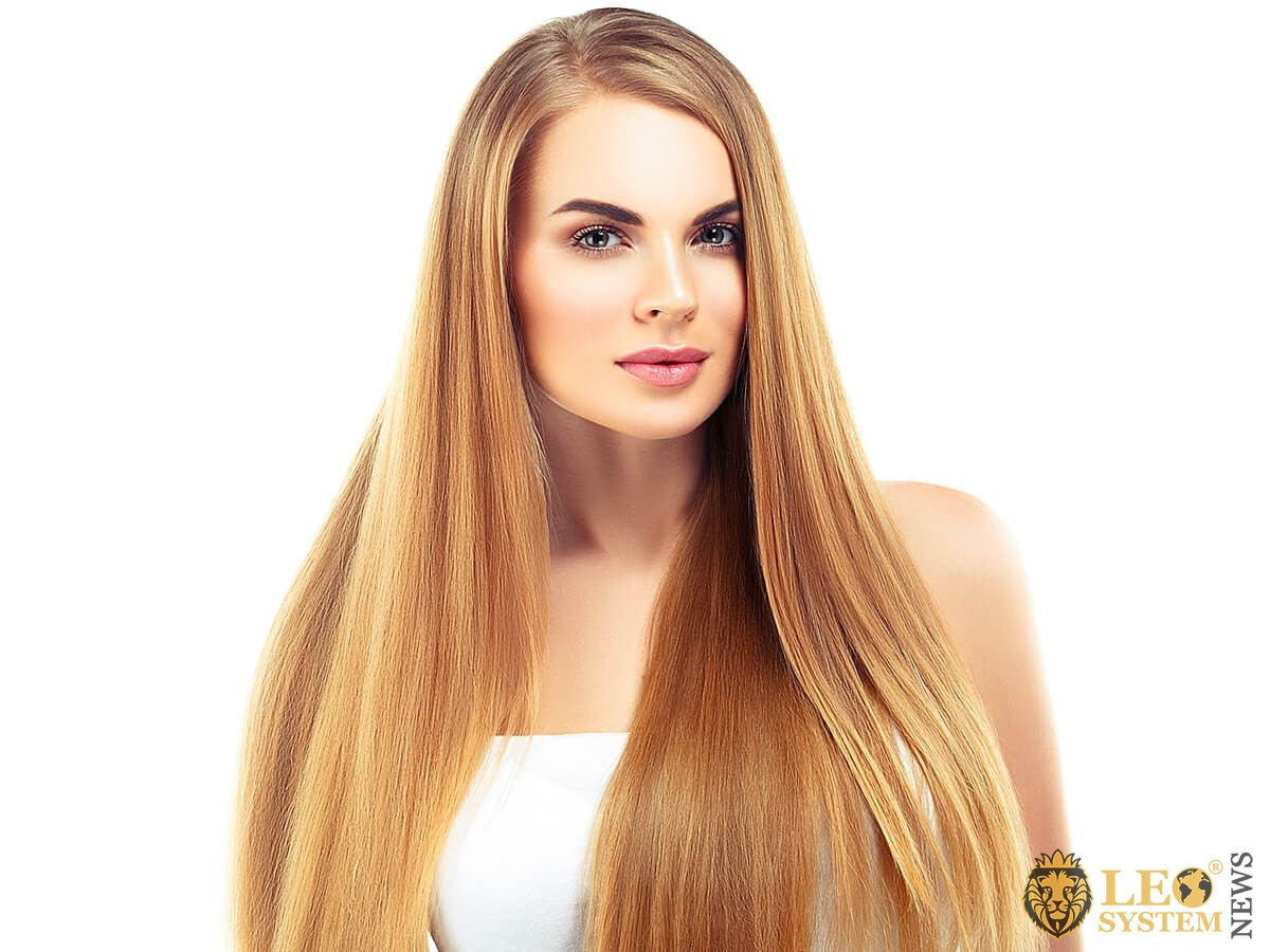 Image of an attractive and well-groomed woman